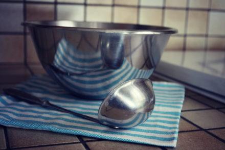 ASTUCES DE CUISTOT : Comment pas mettre de gouttelettes partout lorsqu'on utilise une louche?